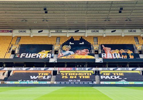 The 45m x 11m banner was printed by Wolverhampton-based DIS Graphics using an EFI VUTEk h5 printer with UV inks.