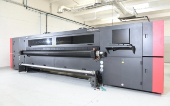 EFI VUTEk QS3 3.2 metre Printer