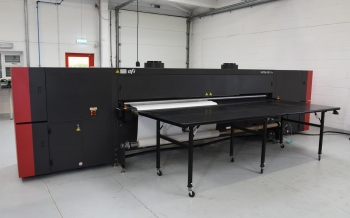 EFI VUTEk QS3 3.2 metre Printer 2